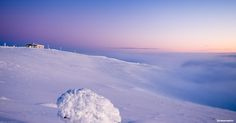 Purple afternoon above the clouds at the top of Ylläs, Finnish Lapland. Above The Clouds, Midnight Sun, Finland, Winter Wonderland, Northern Lights, Mountains, Purple, Top, Photography