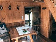 Bergchalet in traumhafter Lage - Kärnten Österreich Chalet Interior, Interiors, Dreams, Chalets, National Forest, Cottage House, Homes, Decoration Home, Decor
