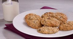 Settle the chewy or crispy biscuit debate with this recipe courtesy of Patchwork Cactus. Toddler Food, Toddler Meals, Kids Meals, Biscuit Recipe, Cooking With Kids, Dessert Recipes, Desserts, Fall Recipes, Biscuits