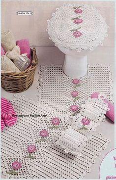 Sem as rosas o zigzag Filet Crochet, Crochet Doilies, Crochet Flowers, Knit Crochet, Crochet Baby Poncho, Crochet Stitches Patterns, Crochet Home, Bathroom Sets, Crochet Fashion