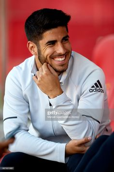 GIRONA, SPAIN - OCTOBER Marco Asensio of Real Madrid reacts prior to the La Liga match between Girona and Real Madrid at Municipal de Montilivi Stadium on October 2017 in Girona, Spain. (Photo by Manuel Queimadelos Alonso/Getty Images) Real Madrid Cake, Real Madrid Soccer, Real Madrid Players, Soccer Guys, Messi Soccer, Football Players, Soccer Fifa, Ronaldo, Madrid Tattoo