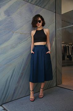 high waisted midi skirt, pockets, navy, crop top.