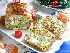 Ingrediente blat de biscuiti: * 200 g de biscuiti Petit Beurre * 100 g unt Sweets Recipes, New Recipes, Cooking Recipes, Healthy Recipes, Romania Food, Home Food, Ketogenic Recipes, Yummy Cakes, Food To Make