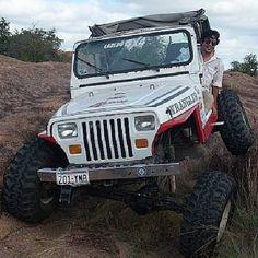 That flex though   @waldocastellanos #jeepbeef #flexyfriday TGIFF #TGIFF #Padgram