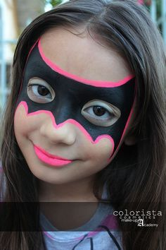 Simple face painting designs are not hard. Many people think that in order to have a great face painting creation, they have to use complex designs, rather then simple face painting designs. Batgirl Face Paint, Bat Face Paint, Batgirl Makeup, Superhero Face Painting, Girl Face Painting, Painting For Kids, Face Paintings, Face Painting Halloween Kids, Easy Face Painting