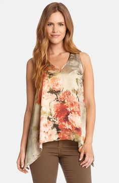 Shop online for women's designer clothing at lantoitramof.cf Browse our selection of designer dresses, sweaters and more, plus read customer reviews.