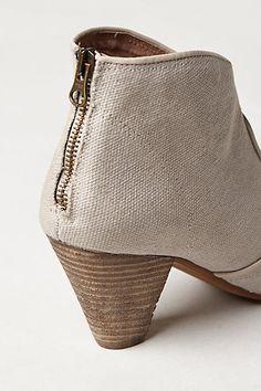 Linen booties for summer!