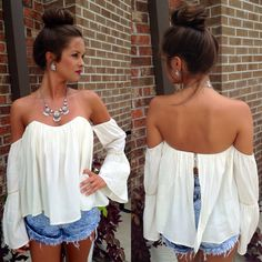 Bell sleeve gypsy top #swoonboutique