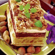 Prăjitură cu glazură de bezea şi nuci | Retete culinare - Romanesti si din Bucataria internationala