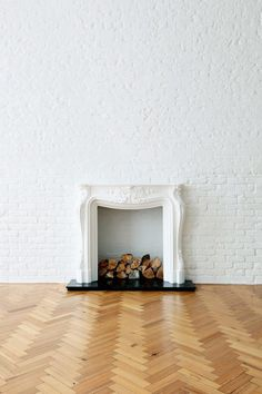 Fireplace, this is a lovely style