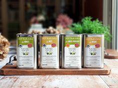 Huile d'olive : de la cueillette des olives à la mise en bouteille Olives, Drinks, Avril, Gourmet, Olive Oil, France, In Season Produce, Seasonal Recipe, Exotic Fruit