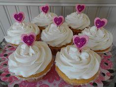Raspberry Cream Filled Lemon Amish Friendship Bread Cupcakes | www.friendshipbreadkitchen.com