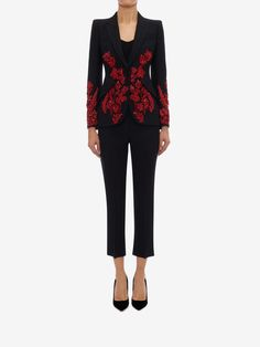 Shop Women's Embroidered Tailored Jacket from the official online store of iconic fashion designer Alexander McQueen. Hijab Fashion, Fashion Outfits, Women's Fashion, Couture Fashion, Hijab Chic, Tailored Jacket, Vintage Style Outfits, Dress To Impress, Nice Dresses