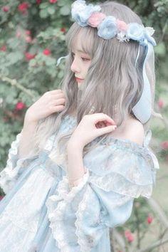 for magic woman of the air and sky Kawaii Fashion, Lolita Fashion, Cute Fashion, Girl Fashion, Mode Kawaii, Kawaii Girl, Lolita Cosplay, Cosplay Girls, Anime Cosplay