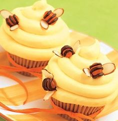 Recipe for Beehive Cupcakes (would need to make the bee wings with something else)