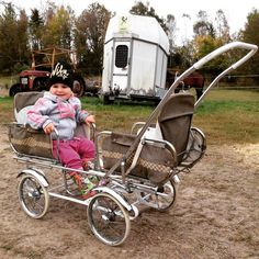 Expert Advice When It Comes To Raising Your Kids Vintage Pram, Prams And Pushchairs, Dolls Prams, Baby Buggy, Photo Finder, Baby Prams, Baby Carriage, Free Stock Photos, Children Photography