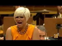 PASION VEGA - NOSTALGIAS (2014) **Directo Teatro Monumental** - YouTube