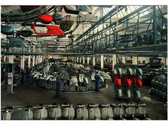 Modern Vespa : Factory Photos ~Picture Thread~