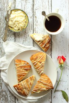 Macadamia Nut and White Chocolate Scones Recipe via Foodness Gracious for Cost Plus World Market >> #WorldMarket Breakfast and Brunch Recipes, Entertainment ideas