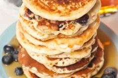 I know what I'm making Sunday morning! Blueberry Buttermilk Pancakes