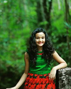 Girl Photo Poses, Girl Photos, Photo Graphy, Anupama Parameswaran, Malayalam Actress, Beautiful Indian Actress, Girls Image, India Beauty, Kerala