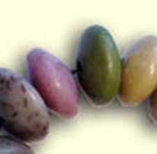 Memorial beads from dried flowers. Going to try this for keepsakes