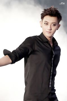"""Exo - Tao """"Black suits you ."""""""