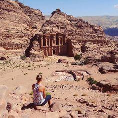 Petra's Monastery views...just for @gavin.ward #uphill #hiking #jordan #petra #explore #culture #fitness #walkandseemore #impressive