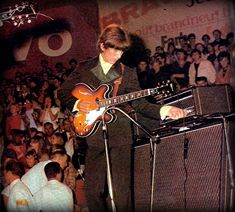 George Harrison, Rock N Roll Music, Rock And Roll, Stuart Sutcliffe, The Beatles Live, Nowhere Man, She's A Woman, Beatles Band, Music