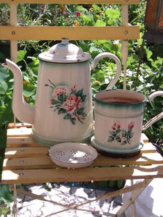Vintage French Enamel Coffee Pot Extra Large by FrenchPastTimes