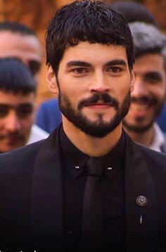 Burak Ozcivit, Beautiful Men Faces, Turkish Actors, Male Face, Portrait, People, Fictional Characters, Beautiful Fairies, Pretty Men