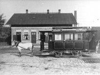 Ilyen is volt Budapest - 1890 körül, Soroksári út Közvágóhíd, a lóvasút végállomása Budapest, Cabin, Retro, House Styles, City, Outdoor Decor, Landscapes, Archive, Home Decor
