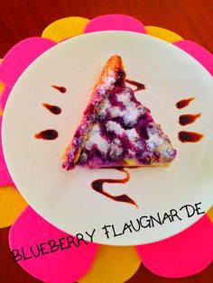 Recipe – BLUEBERRY FLAUGNARDE Flaugnarde is a simple, easy dessert made with fruits, similar to clafouti where traditionally un-pitted cherries are used. A clafouti is a french dessert from the Limousin region in Central France; when made with other fruits instead of cherries, the dish is called as Flaugnarde. It is somewhere between a flavourful custard and baked pancake dusted with powdered sugar or icing sugar makes a wonderful dessert and also a tasty break-fast too.