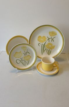 Vintage 20 Piece Jamestown China Dinnerware Set by TwoTwinsVintage,