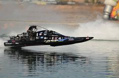 I love watching these races!! Lucas Oil Drag Boat Race Series, World Finals Pheonix, AZ 11.2.12