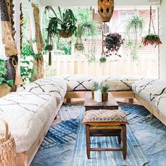 Can two women be any more creative? Absolutely obsessed with this Bohemian Heaven created in the home of @fleamarketfab and shot by @carlaypage. Indigos on the floor (be still my beating ) and those beni pillows on the bench. Just WOW!!! No Monday blues here...