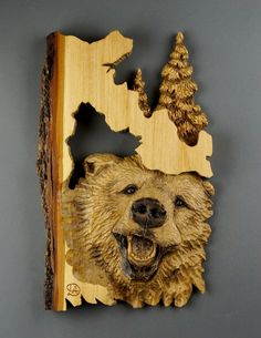 RESERVED FOR MONICA. Bear carved on wood of a Linden by DavydovArt