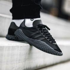 Adidas Stan Smith Women, Adidas Stan Smith Sneakers, Addidas Sneakers, Blue Sneakers, Men Sneakers, Shoes Men, Cool Adidas Shoes, Adidas Shoes Outlet, Adidas Country