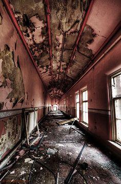 My soul asylum Abandoned Asylums, Abandoned Places, Old Buildings, Abandoned Buildings, Soul Asylum, Mental Health, Health Care, Modern Hospital, All Falls Down