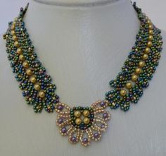 Precious Gold Bead Necklace Pattern by Cecilia Rooke at Bead-Patterns.com