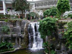 opryland hotel | Opryland+Hotel+Water+Fall+1.jpg