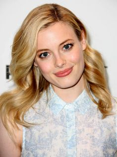 """Gillian Jacobs Photos - Actress Gillian Jacobs attends The Paley Center For Media's PaleyFest 2012 Honoring """"Community"""" at the Saban Theatre on March 2012 in Beverly Hills, California. - The Paley Center For Media's PaleyFest 2012 Honoring """"Community"""" Gillian Jacobs Love, Gorgeous Women, Amazing Women, Fine Girls, Celebrity Beauty, Iconic Women, Belleza Natural, Famous Faces, American Women"""