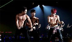 SuJu - Siwon Donghae Eunhyuk why are they having a shirtless party??
