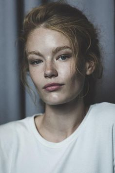 hollie-may saker by mitchell mclennan Pretty People, Beautiful People, Beautiful Eyes, Pulled Back Hairstyles, Black White, Face Photography, Model Face, Gorgeous Feet, Fresh Face