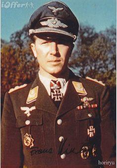 ✠ Franz Kieslich (17 March 1913 - 31 August 2012) RK 05.01.1943 Oberleutnant (Kr.O.) Staffelkapitän 7./Stuka-Geschw 77 18.10.1944 [619. EL] Hauptmann Führer III./SG 77