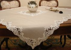 Lace Beadwork, Sewing Crafts, Sewing Projects, Home Decoracion, Hardanger Embroidery, Crochet Tablecloth, Linens And Lace, Satin Flowers, Small Quilts
