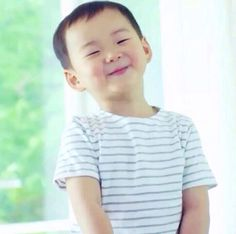 Cutest thing ever. Cute Baby Meme, Triplet Babies, Superman Baby, Song Triplets, Cutest Thing Ever, Baby Love, Cute Babies, Twins, Dads