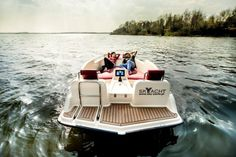 Joyboat is easy to drive and sophisticated at the same time and is a eco-friendly yacht. It's a product by Sky-Yacht and is a small electric yacht that provides… Electric Boat, Electric Motor, Motorized Skateboard, Combustion Engine, Speed Boats, Small Boats, Wooden Boats, Water Crafts, Cool