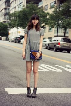 Summer dress with shoulder bag. Don't like  the shoes though.
