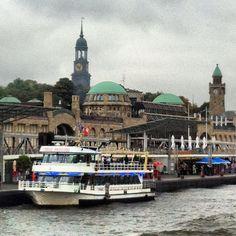 Landungsbrücken in #Hamburg - Schön